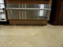 WDV30 DCS WARMING DRAWER DISPLAY MODEL STAINLESS PRO HANDLE DESIGN