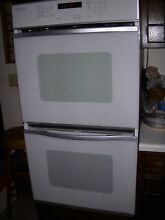Jenn Air 27 in  Double Wall Convection Self Cleaning Oven