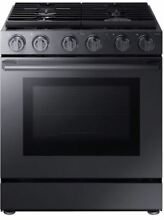 Samsung NX58M9960PM 5 8 cu  ft  30  Gas Chef Collection Pro Range BlackStainless