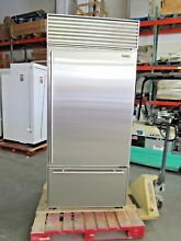 SUB ZERO 650 S 36  NO FLAW STAINLESS BOTTOM FREEZER TUBULAR HANDLES 40 off  9675