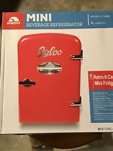 Brand New  Igloo Mini Retro Beverage Fridge  Red