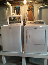 Maytag Bravos Top Load He Electric Washer Dryer Set   Gently Used
