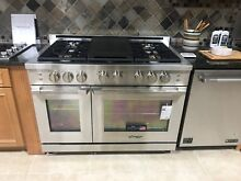 RNRP486GSNG  DACOR 48  GAS RANGE DISPLAY MODEL