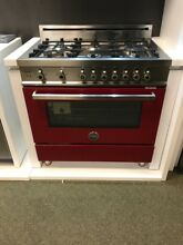 PRO366GASVI BERTAZZONI 36  GAS RANGE RED WINE DISPLAY MODEL