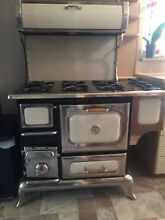 HEARTLAND CLASSIC 48  SIX BURNER NATURAL GAS RANGE ELECTRIC OVEN With Convec