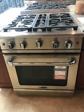 MCR304N  CAPITAL 30  GAS RANGE  4 BURNERS DISPLAY MODEL