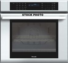 NEW OUT OF BOX THERMADOR 30  STAINLESS WALL CONVECTION OVEN MASTERPIECE SERIES