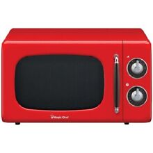Magic Chef MCD770CR 0 7cubic Ft  700W Retro Countertop Microwave Oven in Red