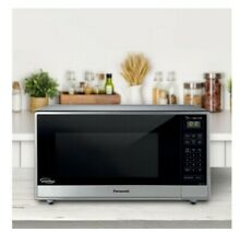 Panasonic 1 6 cu  ft  Microwave Oven  Stainless Steel 980002833 DISTRESSED