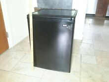 Sears Roebuck 2 6 Cu Ft Compact Mini Refrigerator   Black USED Local pickup only