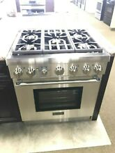 PRG305PH THERMADOR 30  PRO HARMONY GAS RANGE 5 BURNERS DISPLAY MODEL