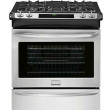 Frigidaire FGGS3065PF 30  Stainless Steel Slide in Gas Range  w True Convection