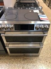 CHS995SELSS  GE CAFE 30  SLIDE IN INDUCTION DOUBLE OVEN RANGE  DISPLAY MODEL
