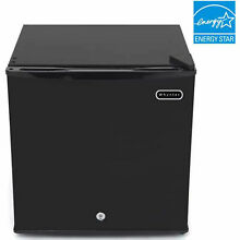 Whynter 1 1 Cu  Ft  Upright Freezer  Energy Star  Lot of 1