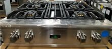 OUT OF BOX VIKING 30  GAS RANGETOP STAINLESS STEEL VGRT5304BSS
