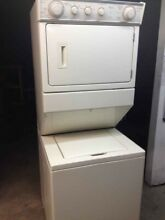 Electric Whirlpool Thin Twin Stack Full Size 27 inch   Washer Dryer