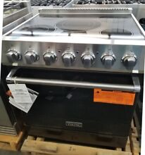 VIKING 30  ELECTRIC RANGE WITH STAINLESS STEEL KNOBS IN BLACK