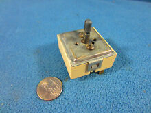 Jenn Air  Whirlpool OEM Range  Oven Parts Infinite switch WP74011242