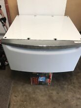 Whirlpool Washer   Dryer Pedestal Model  XHPW155DW White Color