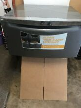Whirlpool Laundry Washer Dryer Pedestal 15 5   Store Display