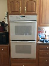 Jenn Air 30  Expression Double Wall Convection Self Cleaning Oven 7 2 cu ft