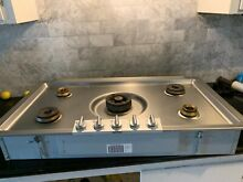 Gaggenau 200 Series KG291120CA 36  Gas Cooktop with 5 Burners  Stainless