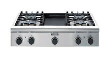 Thermador 36 Pro Gas cook top  4 burner with gridle in center in stainless