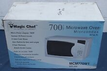 Magic Chef 700W Countertop Microwave Oven 0 7 cu  ft  White MCM770W