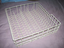 Whirlpool Dishwasher WDF310paaw4 Lower Dishrack W10164198 USED