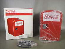 NEW COCA COLA RETRO PERSONAL FRIDGE 6 CAN MINI 12V THERMOELECTRIC COOLER KWC4