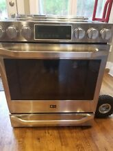 LG Studio Stove 30 Inch Slide in Electric Range LSSE3026ST