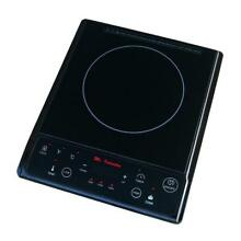 SPT induction Hot Plate Cooker Warmer 7 Power Settings 8H Timer LED Screen Black