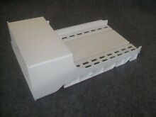 61005625 MAYTAG REFRIGERATOR ICE BUCKET CONTAINER SHELF