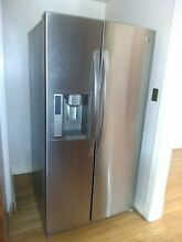 LG  LSC27931ST Side by Side Refrigerator   Stainless Steel