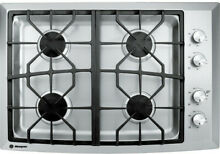 NEW  GE Monogram ZGU384NSMSS 30  Gas Cooktop  Stainless Steel   NEW