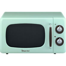 Magic Chef 0 7 Cu  Ft  700W Retro Countertop Microwave Oven in Mint Green
