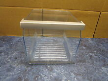 BOSCH REFRIGERATOR FREEZER DRAWER PART  673129