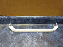 FRIGIDAIRE REFRIGERATOR DOOR HANDLE PART  215482113