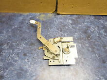 HOTPOINT RANGE DOOR LATCH PART  WB2K42