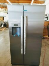 NEW OUT OF  BOX BOSCH 800 SERIES SIDE BY SIDE STAINLESS STEEL REFRIGERATOR