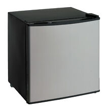 Avanti Products 1 11 cu  ft  Compact Refrigerator with Freezer