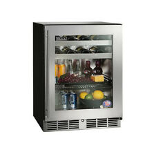 Perlick 4 8 cu  ft  Beverage center Right