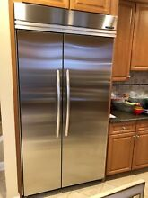 Refrigerator side by side stainless 42  kitchen aid great working condition