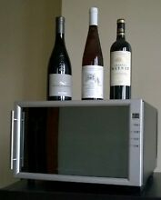 Frigidaire 8 Bottle Wine Cooler Compact Refrigerator Quiet Adjustable Pristine
