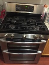LG LG LD3036 ST 6 9 cu  ft  Double Oven Gas Range w ProBake Convection