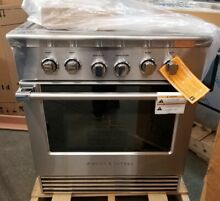 FISHER PAYKEL 30  4 BURNER GAS RANGE CONVECTION STAINLESS STEEL REFURBISHED