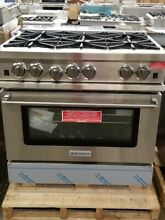 NEW OUT OF BOX DISPLAY BLUESTAR 36  GAS RANGE 6 BURNER W CONVECTION RCS366BV2