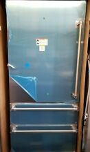 NEW OUT OF BOX  VIKING 36  VIRTUOSO SERIES REFRIGERATOR W BOTTOM FREEZER DRAWERS