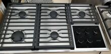 NEW DISPLAY WOLF 36  STAINLESS COOKTOP 5 BURNER CAST IRON GRATES