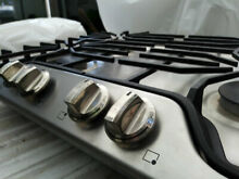 Frigidaire 30  Stainless Steel Natural Gas Cooktop FFGC3026SS